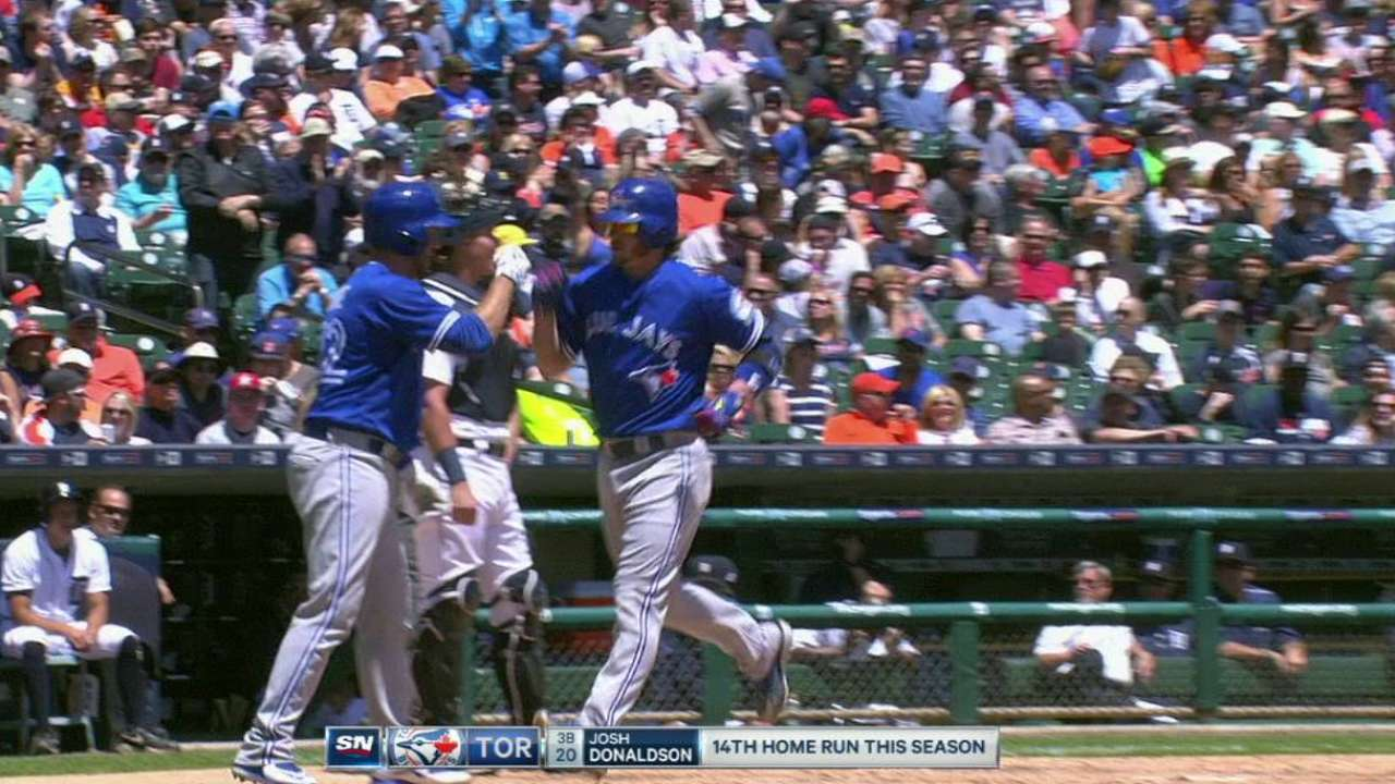 Donaldson's three-run homer
