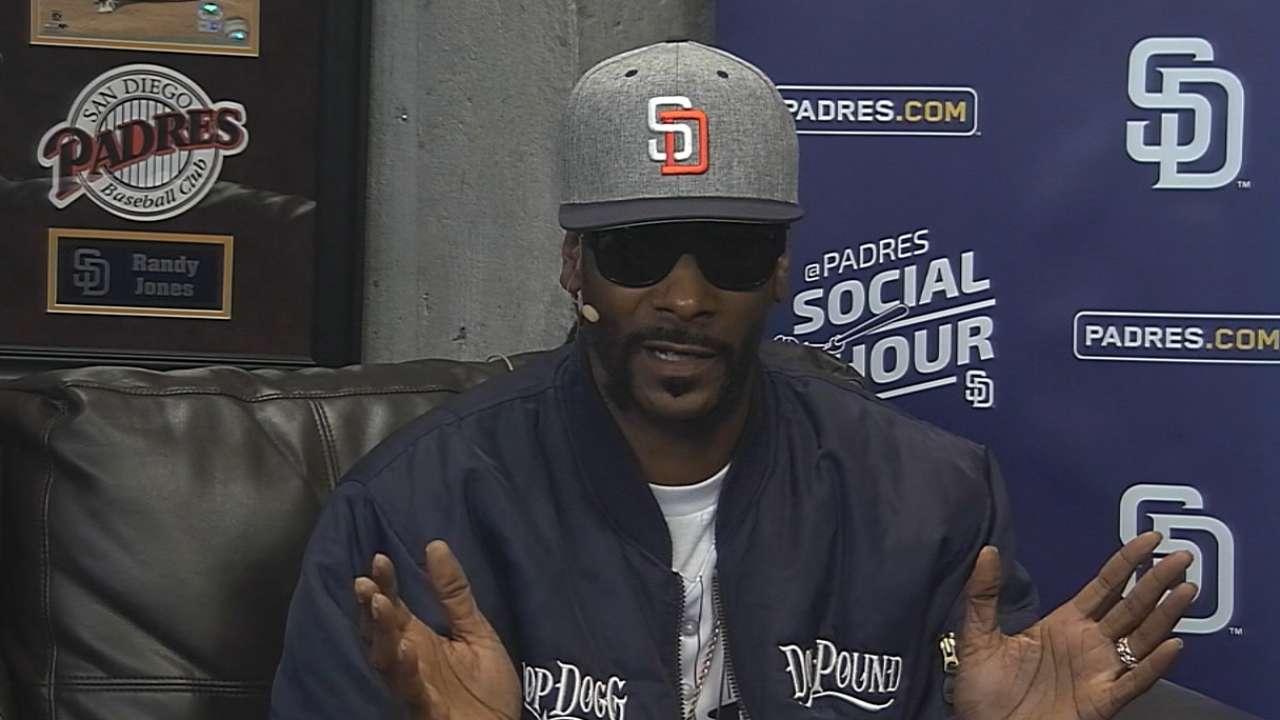Padres Social Hour: Snoop Dogg