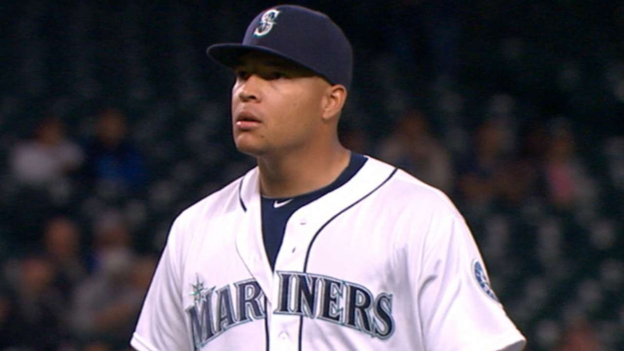 Walker's return to form gives Mariners boost