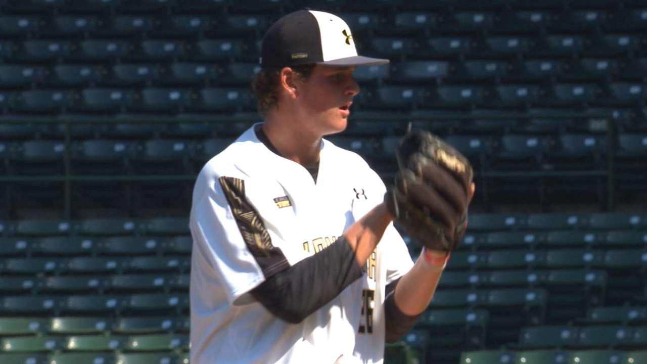 Astros take Texan Whitley at No. 17 in Draft