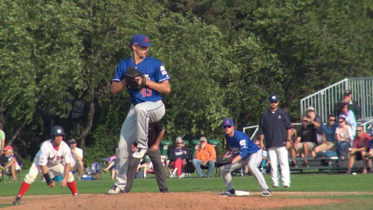 Royals draft resilient righty Puckett on Day 1
