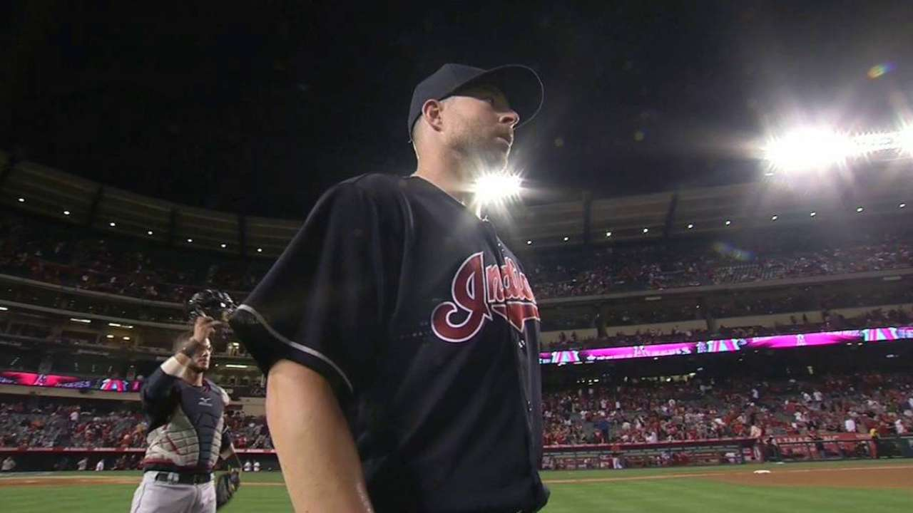 Kluber cements the complete game
