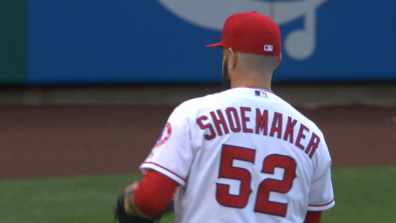 Shoemaker's 11 Ks in 11 seconds