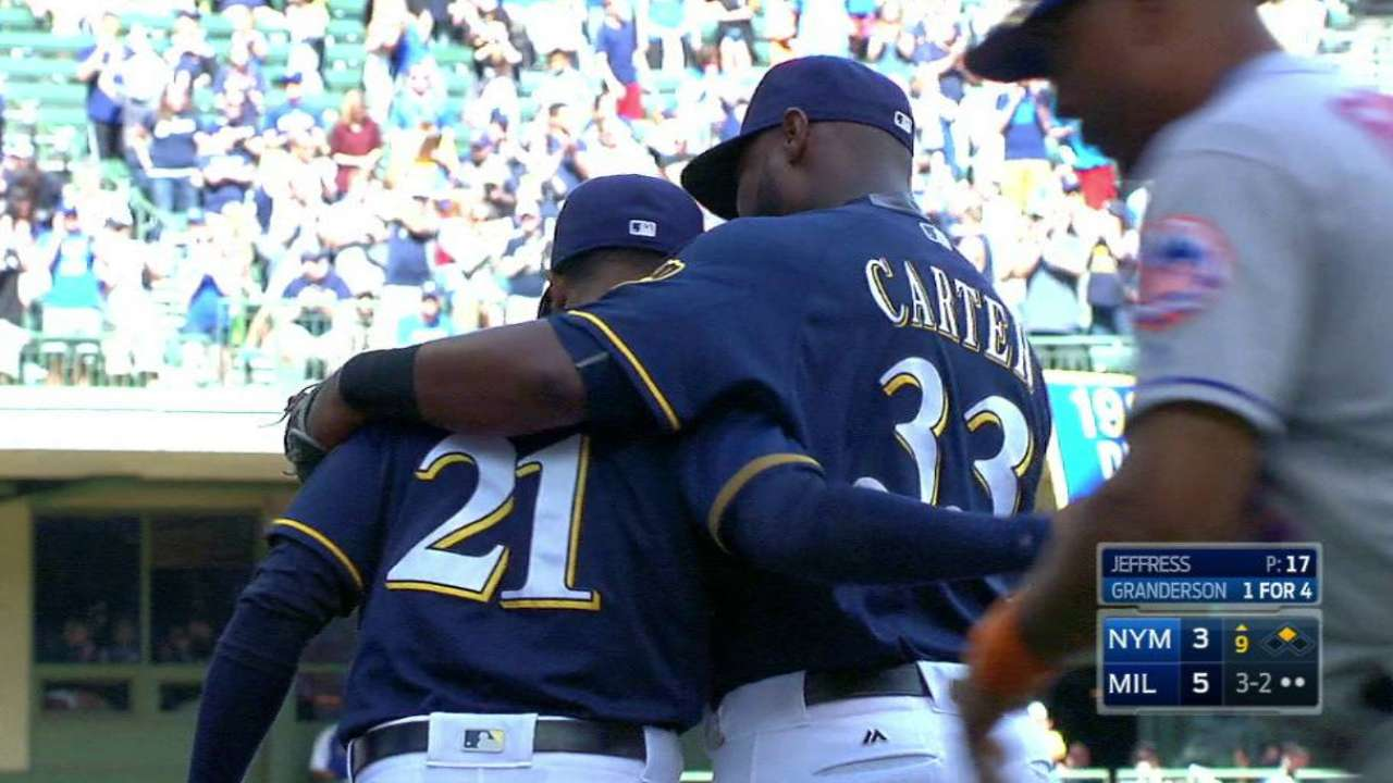 Jeffress closes game for Brewers