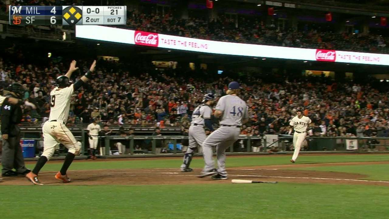 Crawford stars with bat, defense vs. Brewers