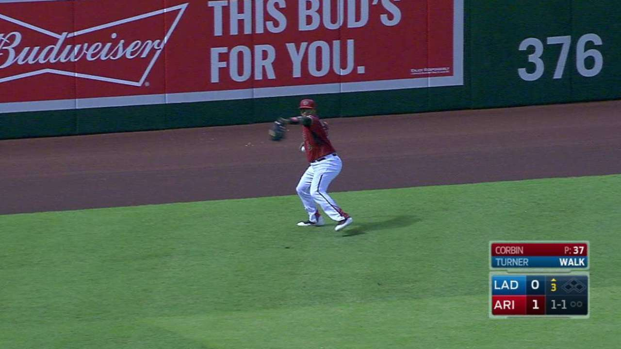 Weeks Jr. throws out Turner
