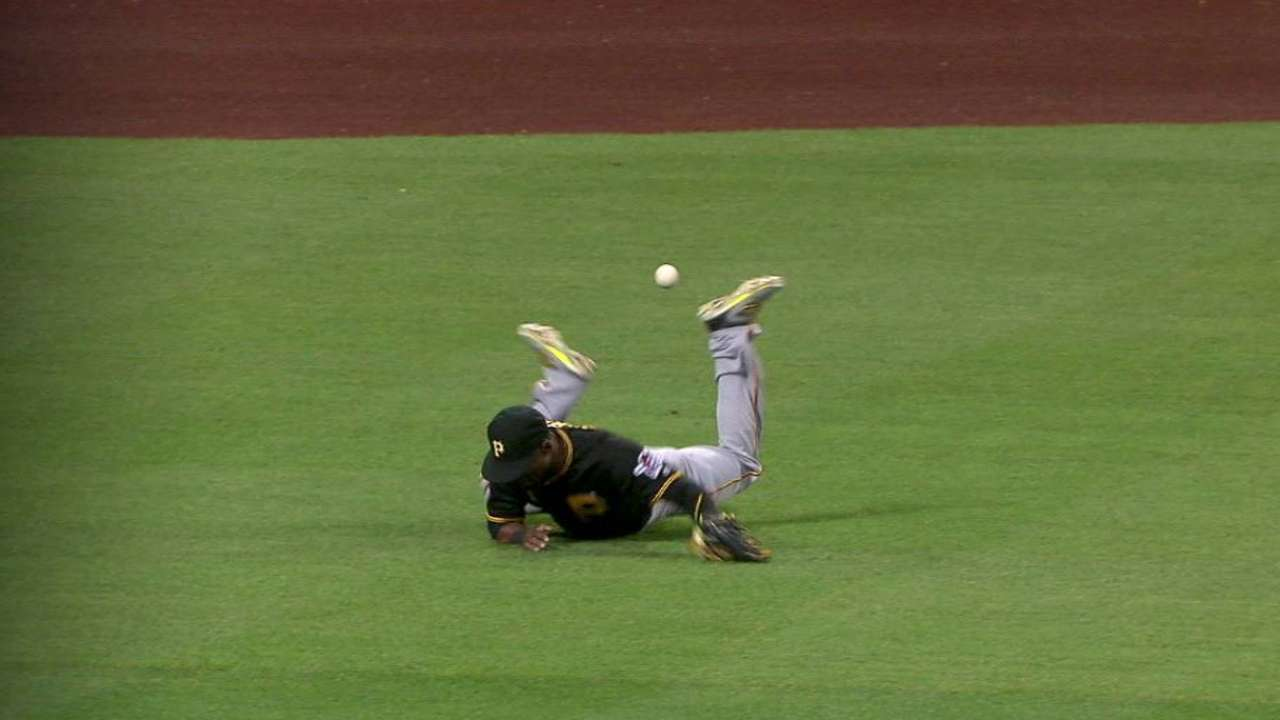 Marte exits the game in the 5th