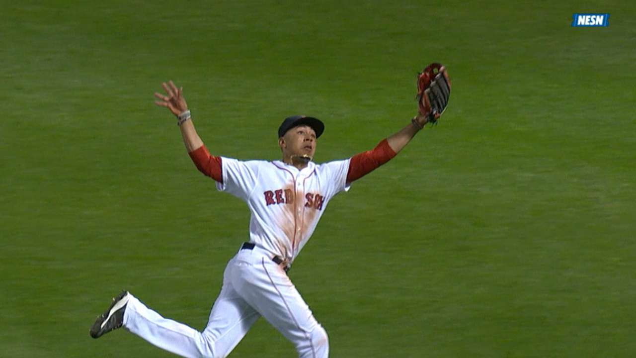 Betts' leaping snag in the 8th