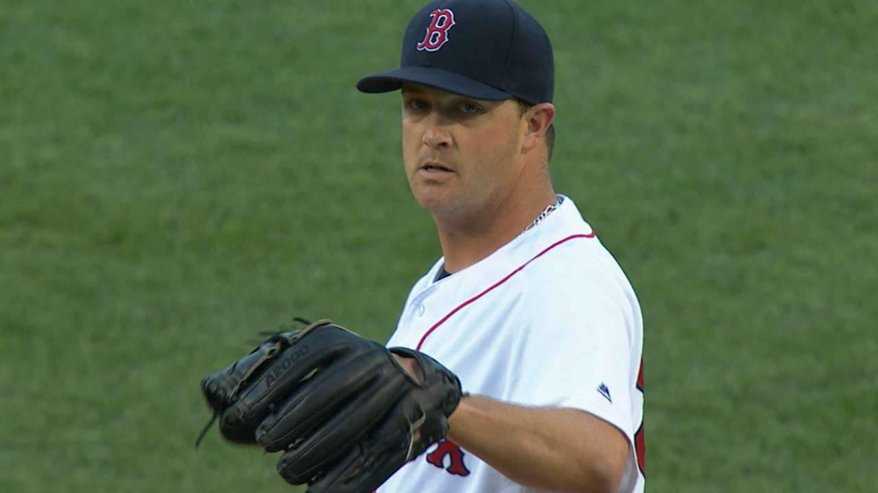 Wright proving to be stabilizing force for Red Sox