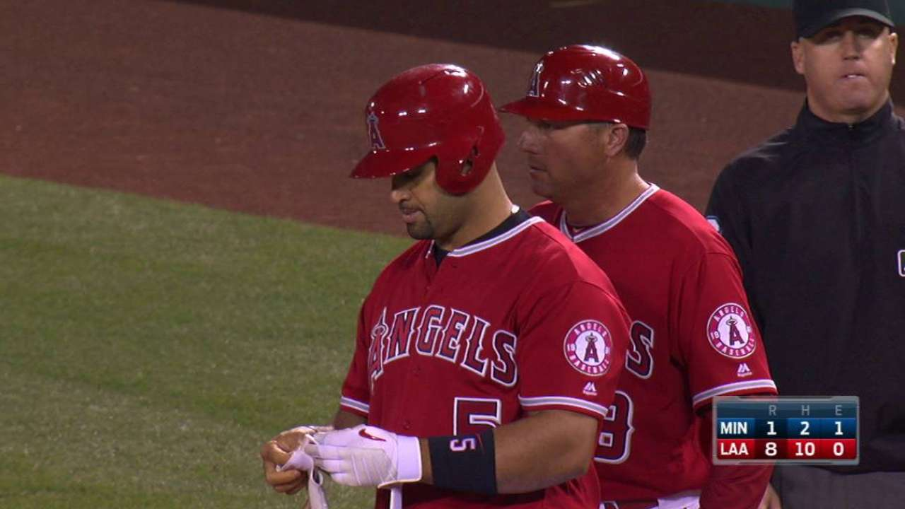 Banged-up Pujols still searching for power