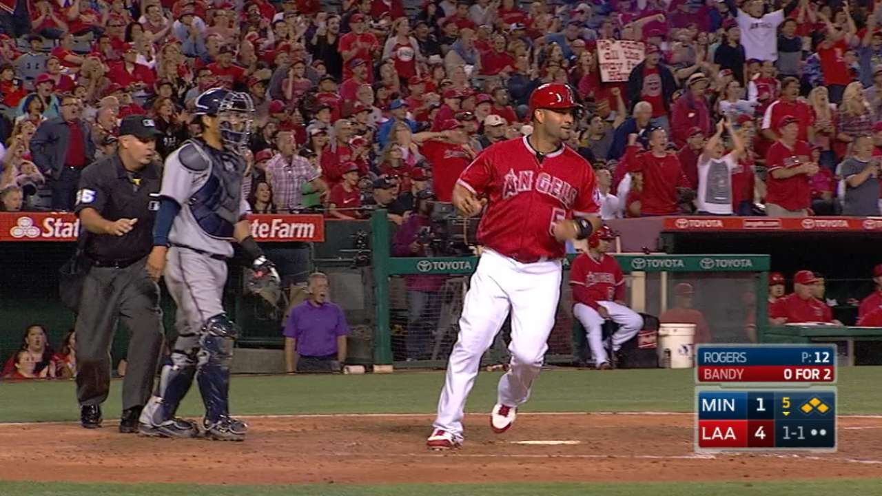 Halos handle Twins in blowout series win