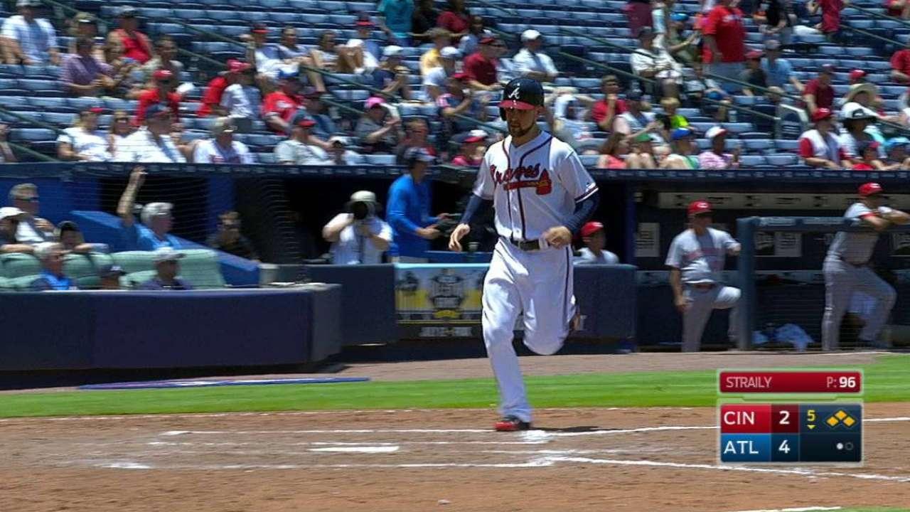 Markakis' two-run double