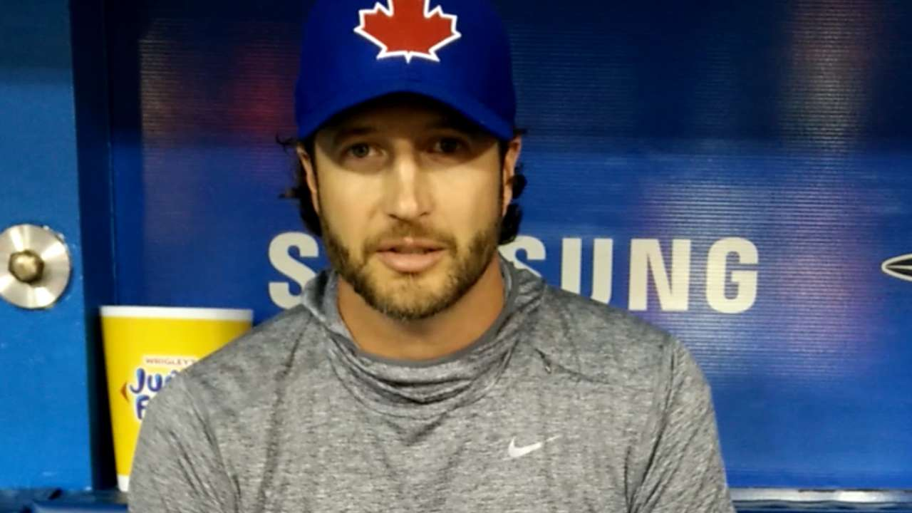 Connection to Blue Jays draws Grilli, dad closer