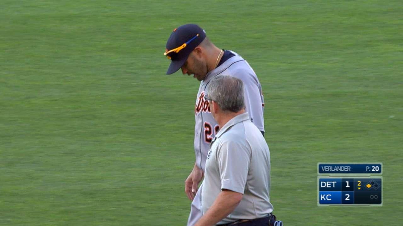J.D. Martinez breaks elbow
