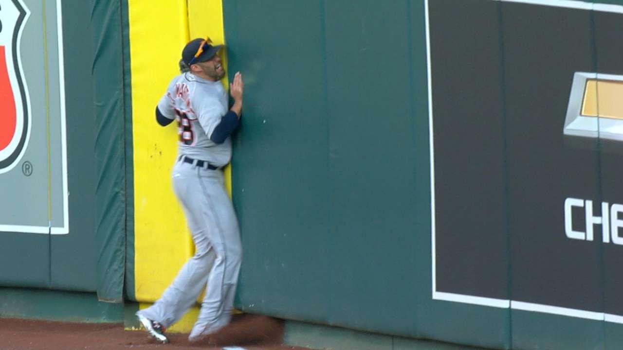 Tigers discuss Martinez's injury