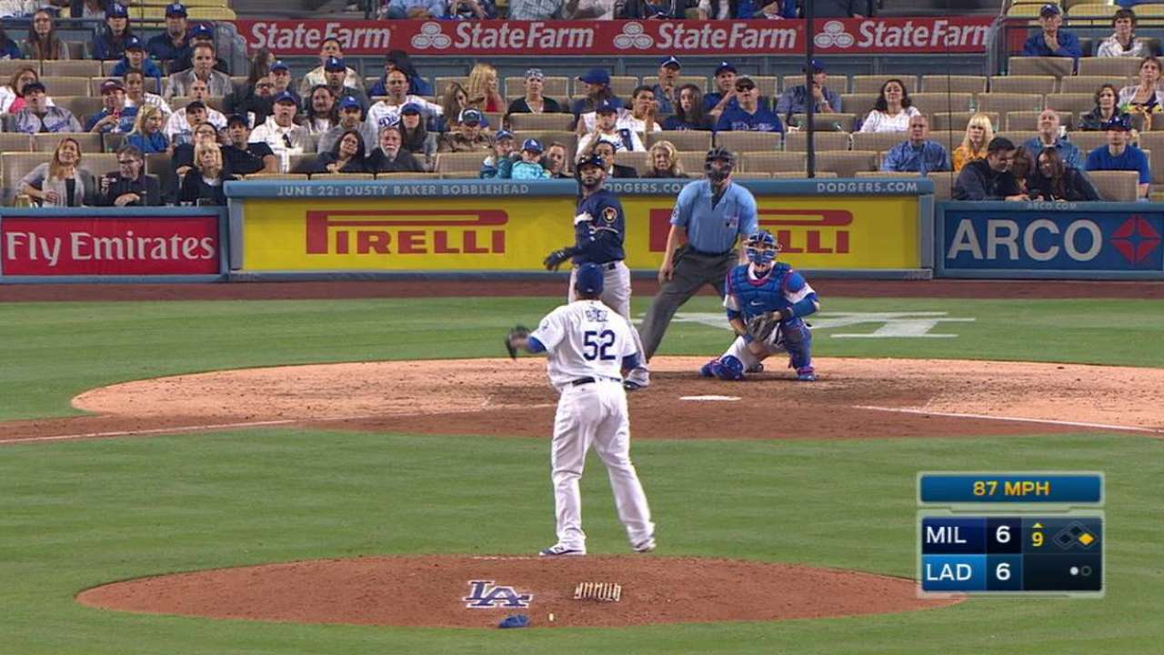Villar's Homer in Ninth Lifts Brewers Past Dodgers, 8-6