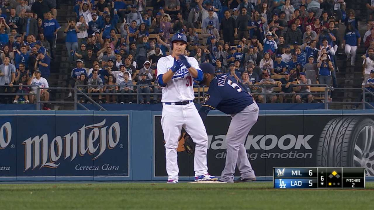 Broxton frustrated over back-to-back miscues