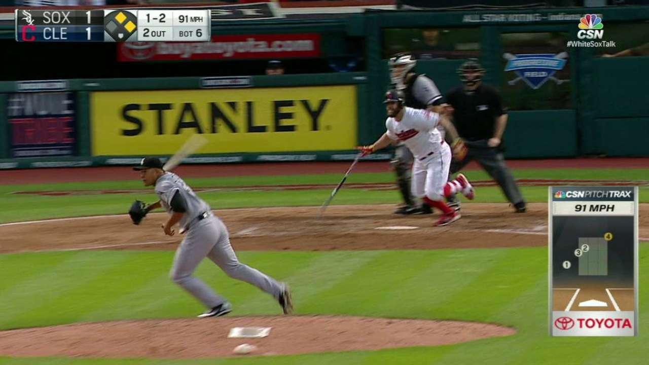 Quintana avoids broken bat