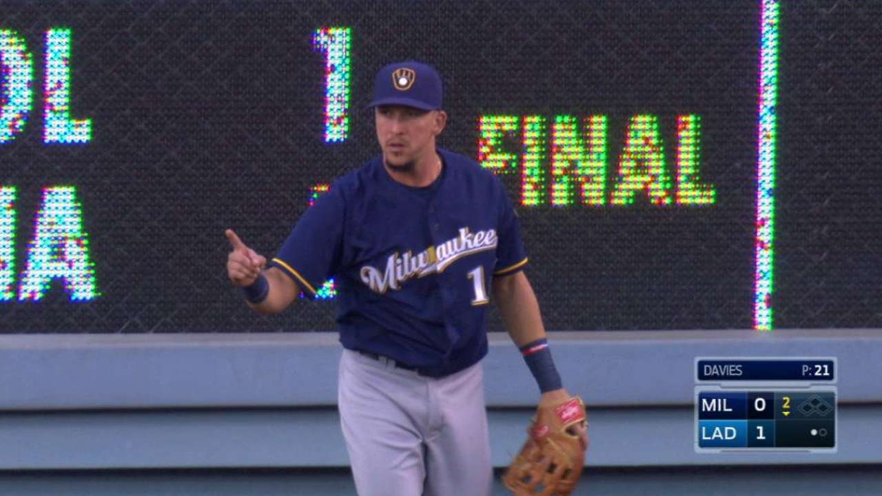 Brewers place Perez on paternity list