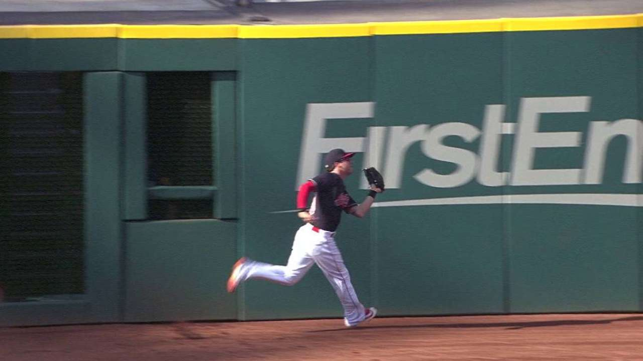 Naquin's smooth running grab