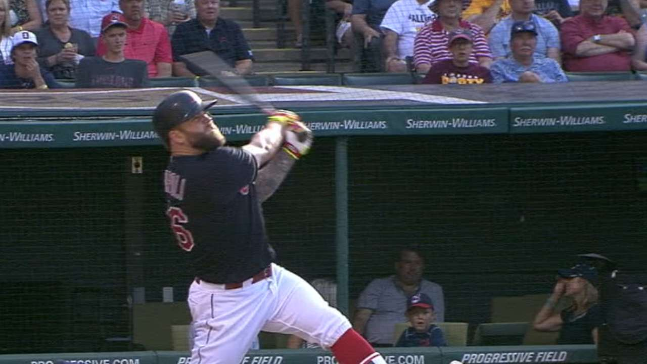 Indians rock Shields in rout of White Sox