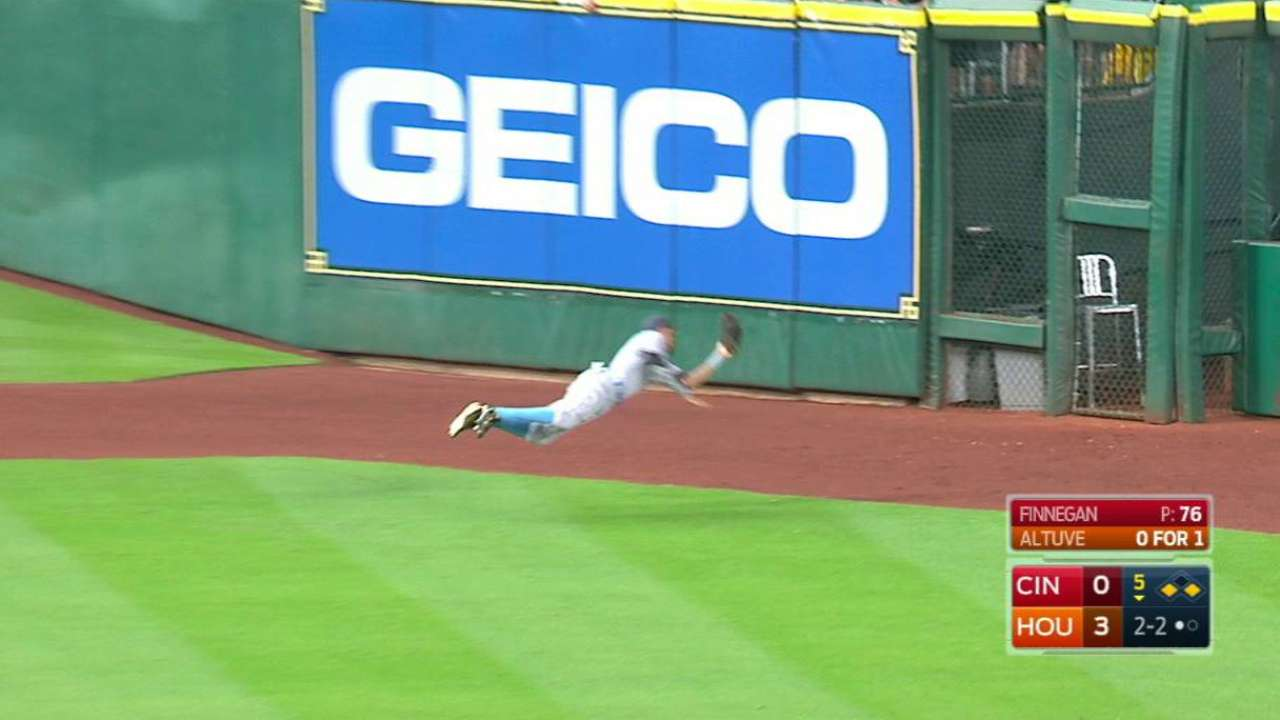 Hamilton has another dazzling catch in Houston