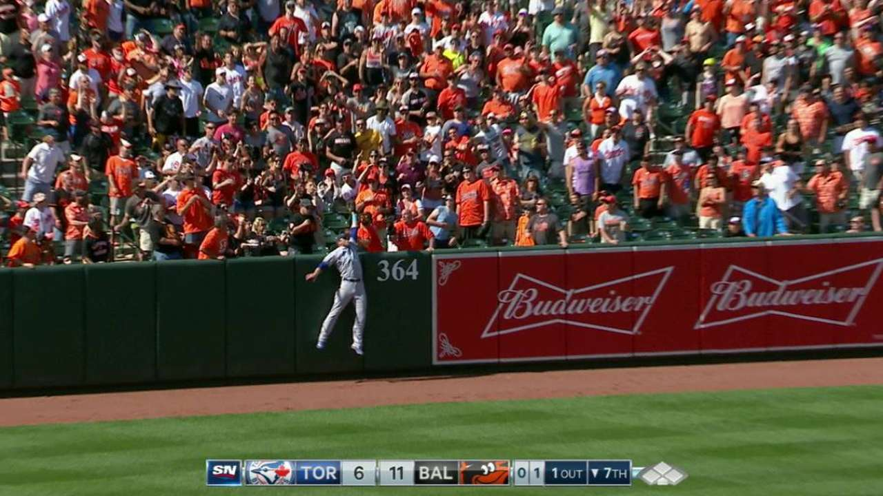 Saunders robs Hardy with highlight-reel grab