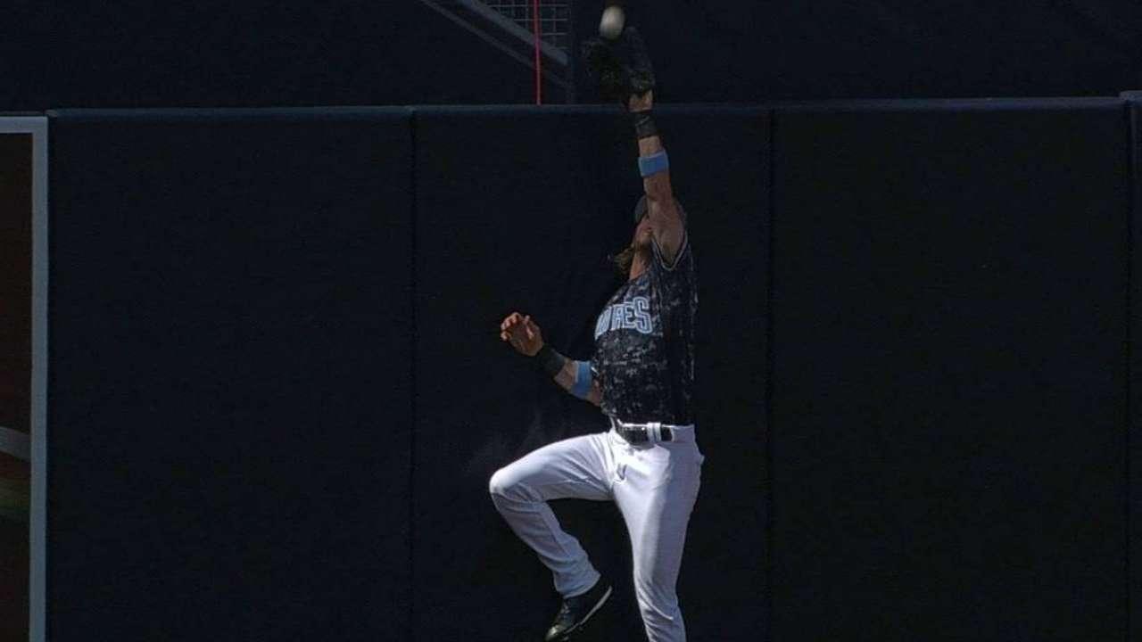 Jankowski's leaping catch