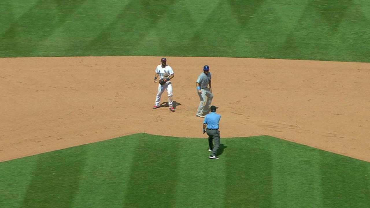 Routine grounder changes complexion of inning, game