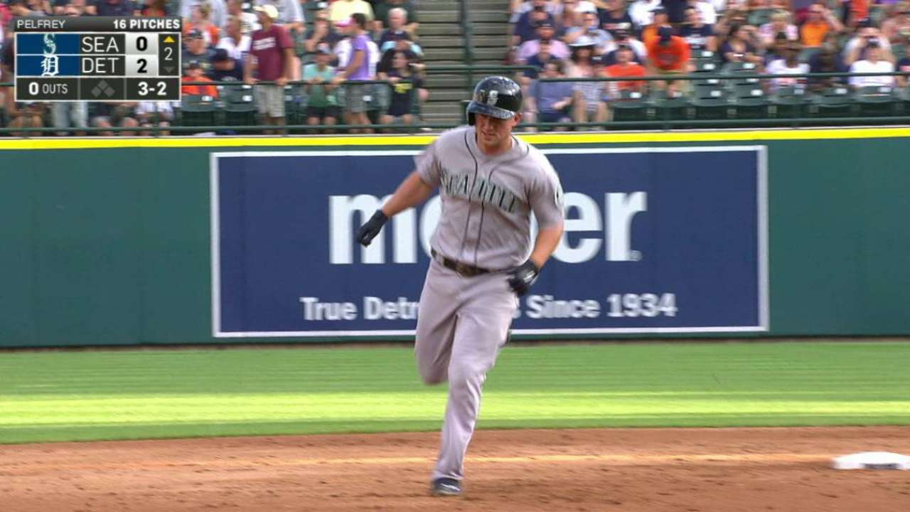 Seager's high solo homer