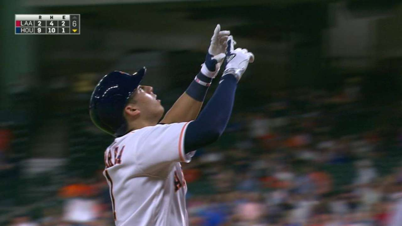 Astros' offense torments Angels in opener