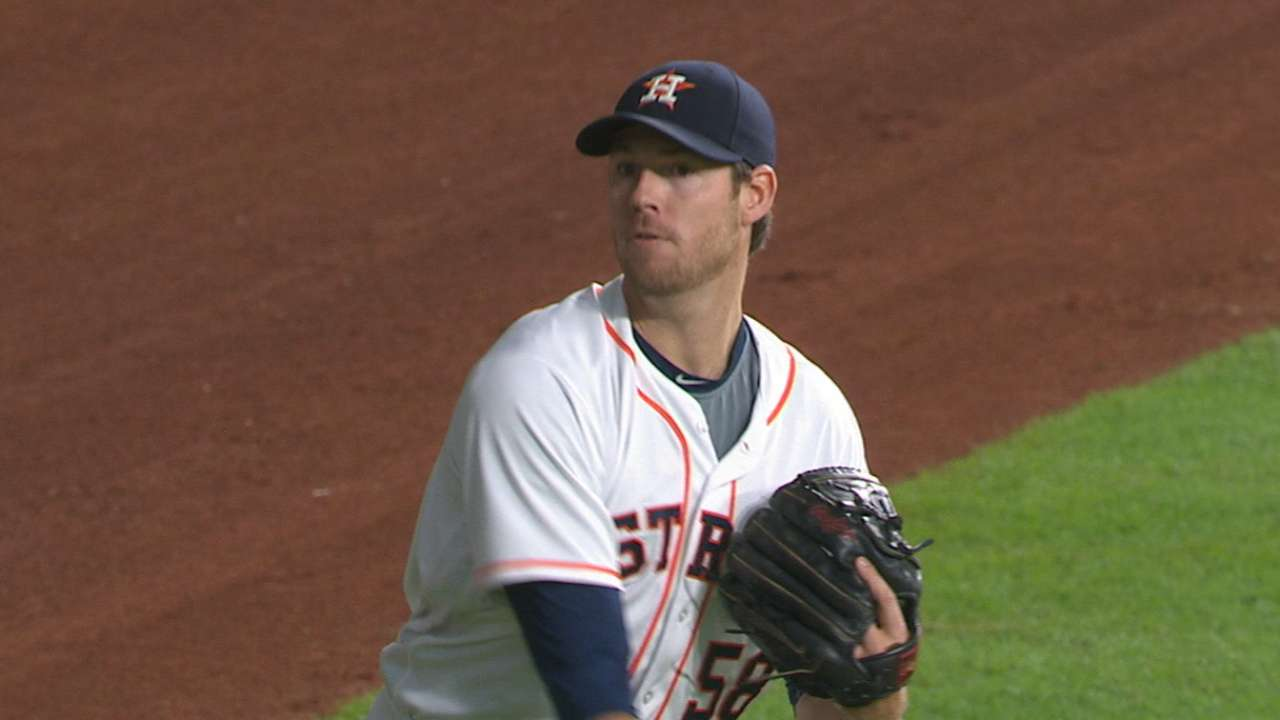 Lucky 7: Fister keeps rolling for Astros