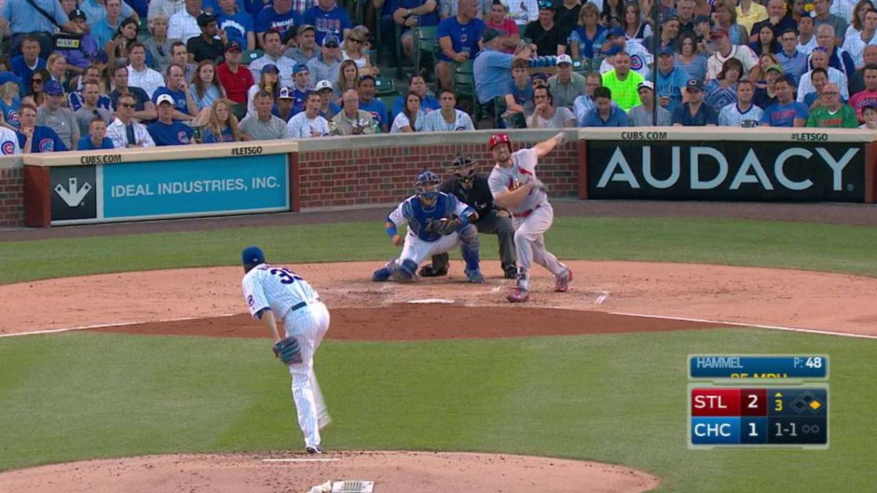 Holliday's two-run homer