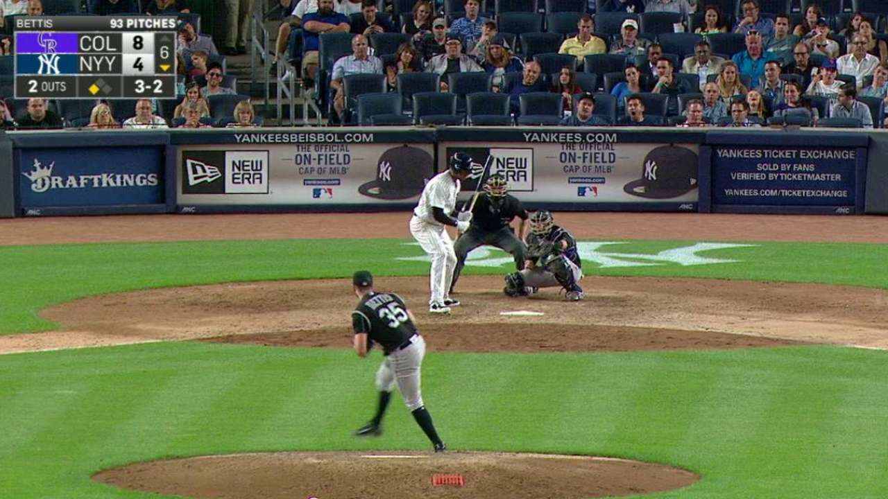 Bettis freezes Hicks