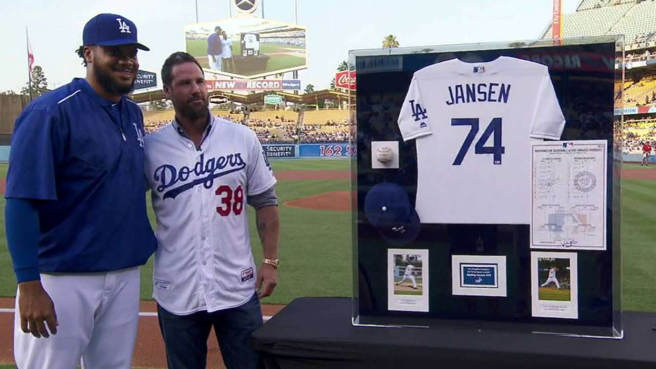 Jansen honored before the game