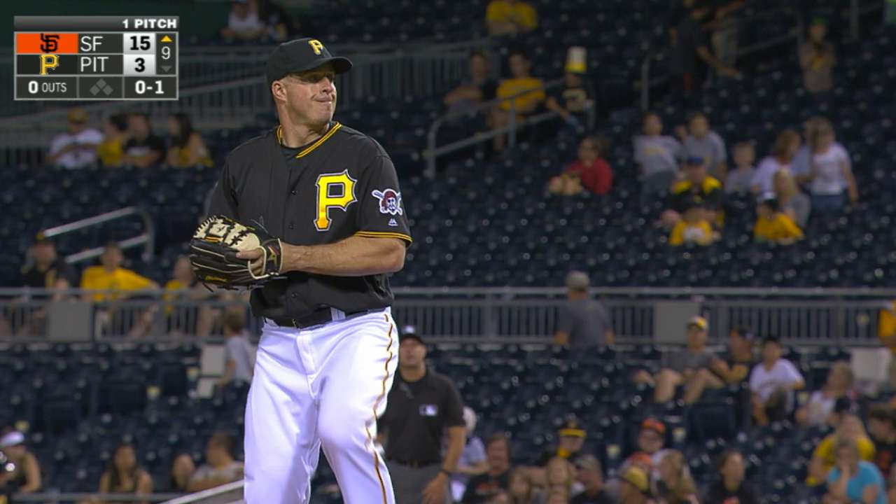 Kratz pitches in with mound appearance in rout