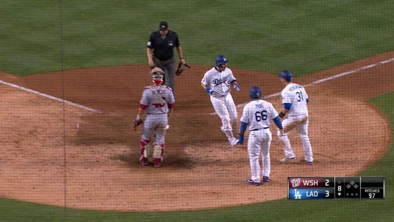 Yasmani Grandal is just latest to light Dodgers' power fus…