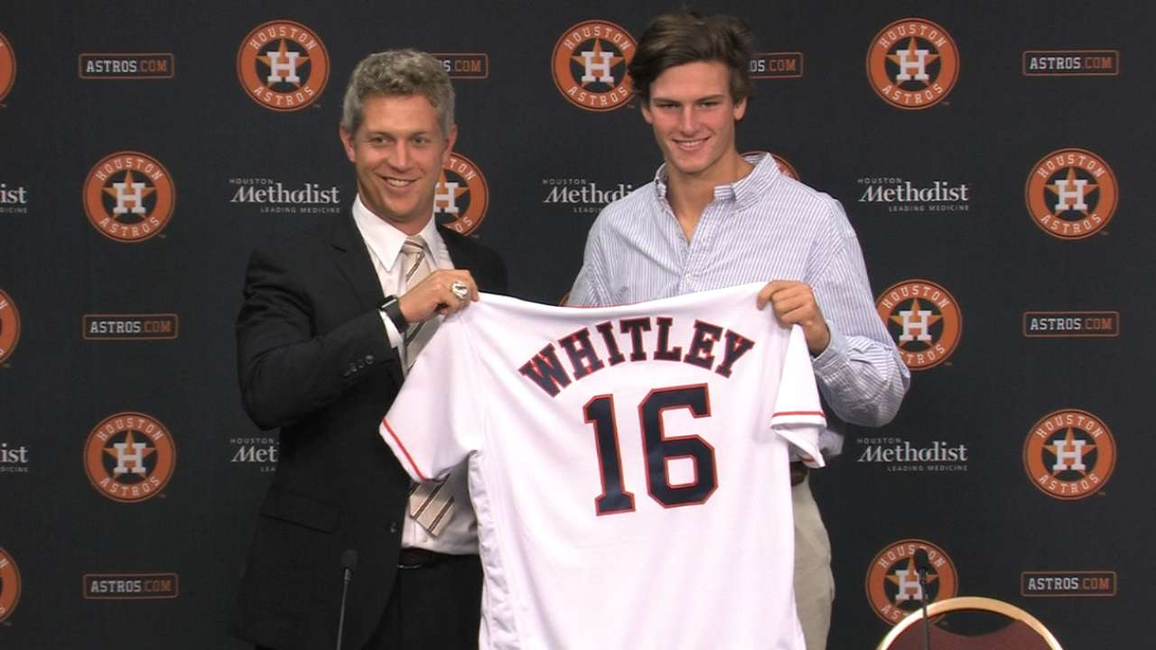Astros sign top Draft pick Whitley