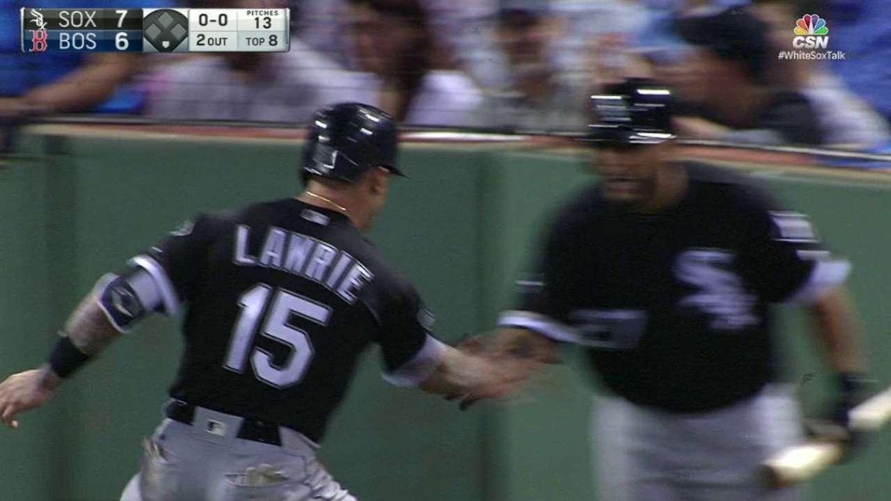 White Sox rekindle spark, on verge of sweep