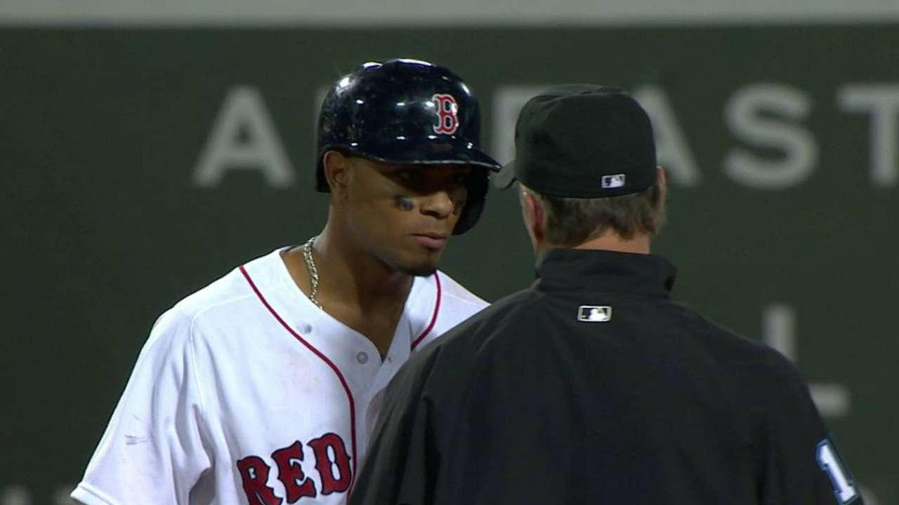 Red Sox come oh-so-close to pair of HRs