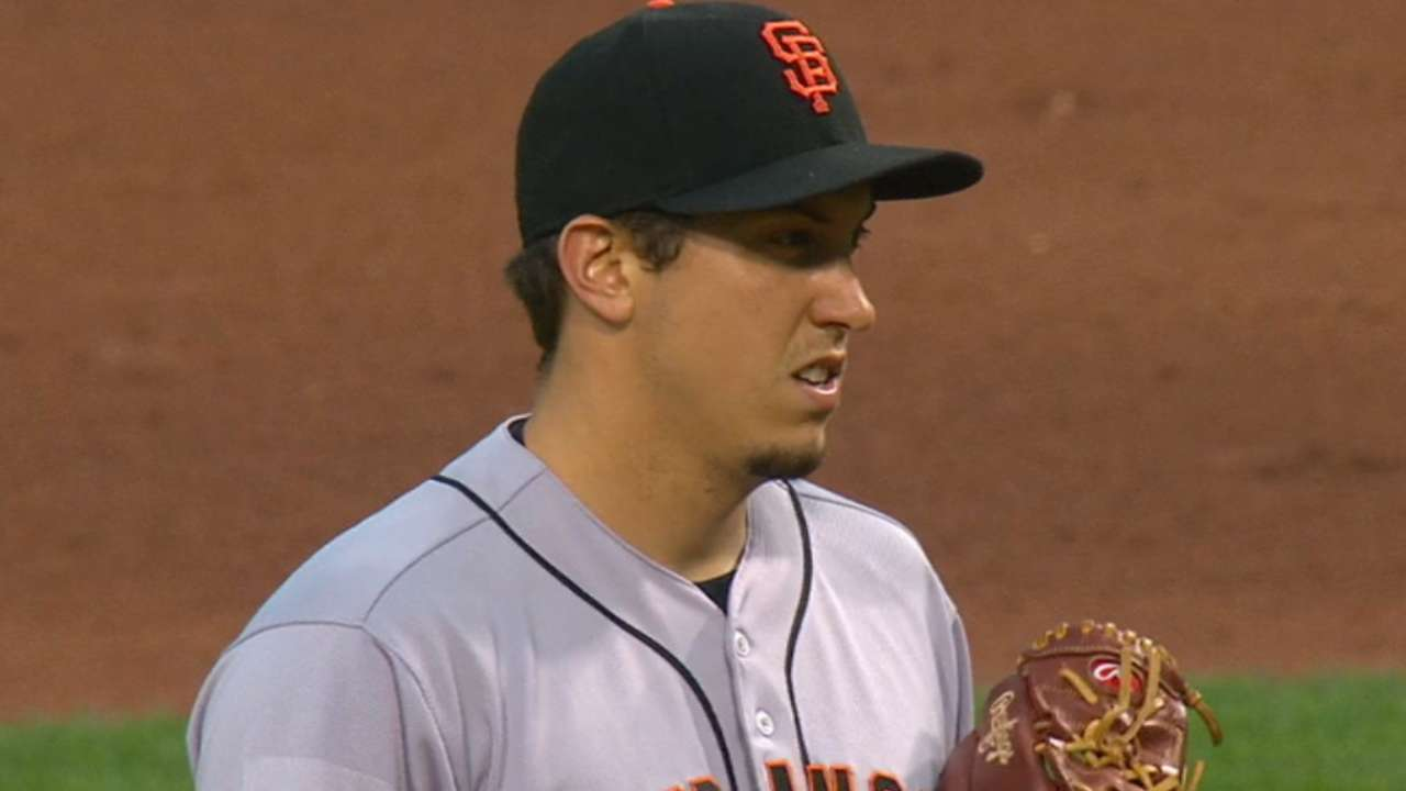 Giants 'pen shuts down Pirates