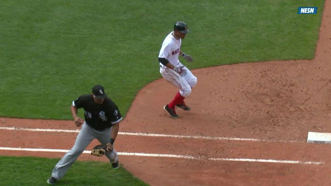 Bogaerts singles in the 7th
