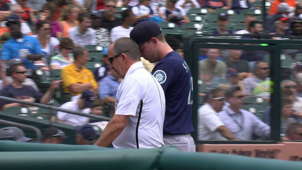 Elbow issue sidelines Sampson for rest of '16