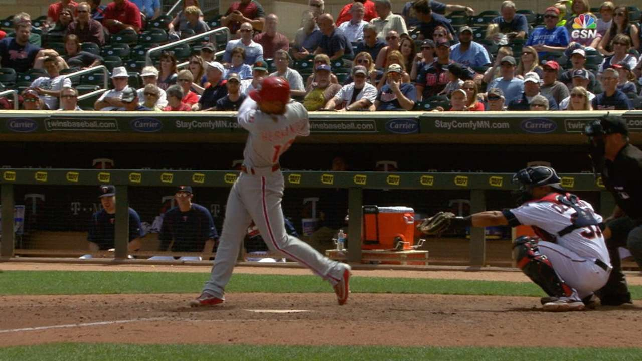 Hernandez's four-hit game