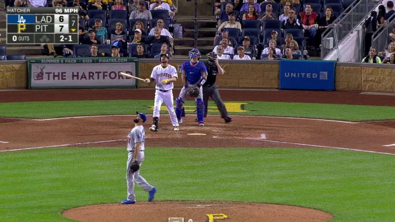 Bucs outlast Dodgers in battle of bullpens