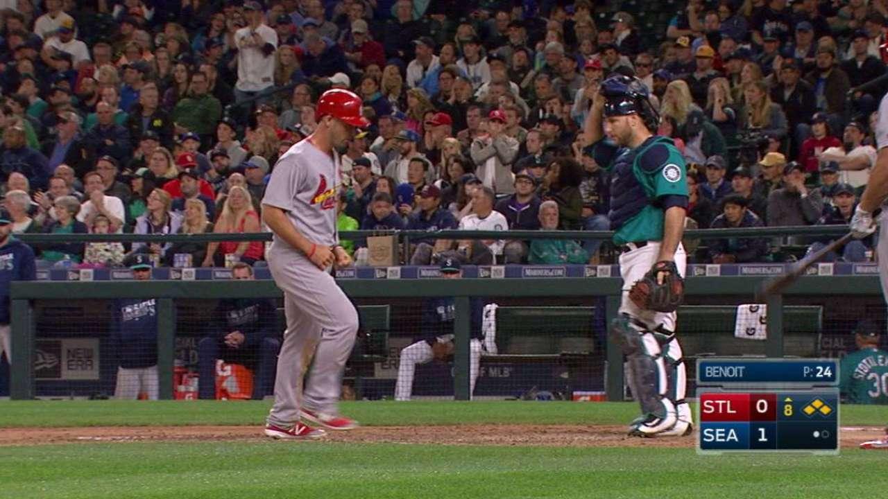Diaz's game-tying walk