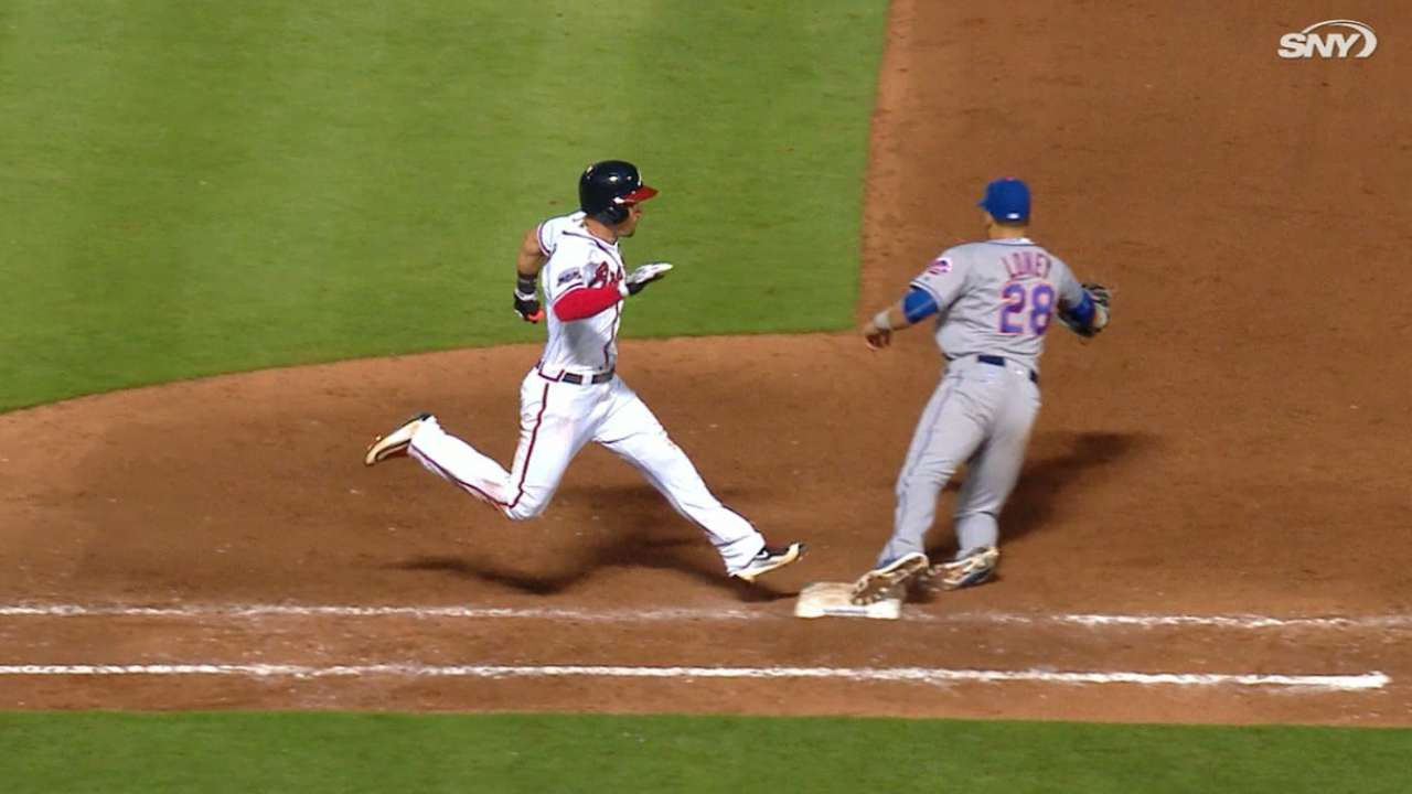 Mets hang on, close out Braves with stellar D