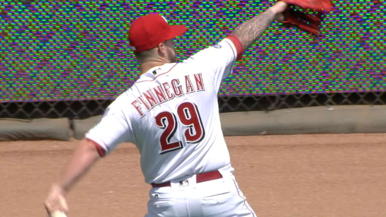 Finnegan becoming bad-luck pitcher for Reds