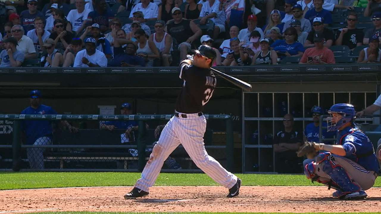 White Sox hit 7 HRs in loss, tie MLB record