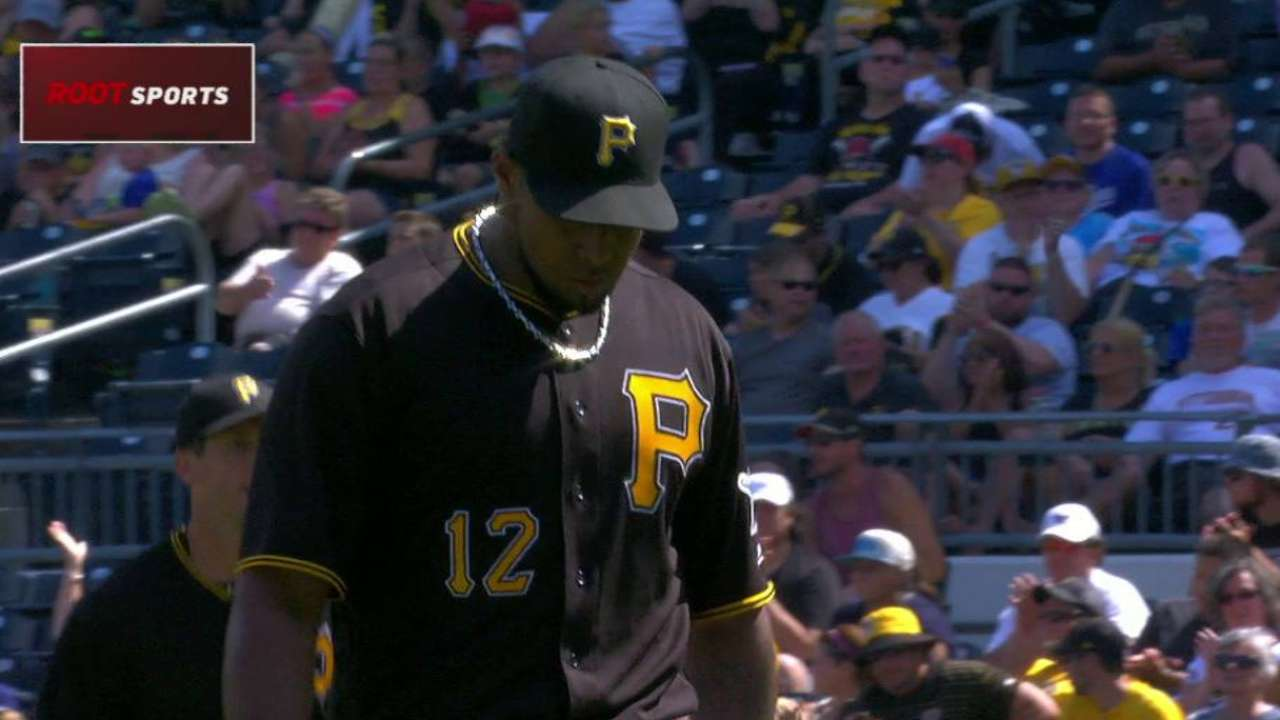 Nicasio escapes the bases loaded